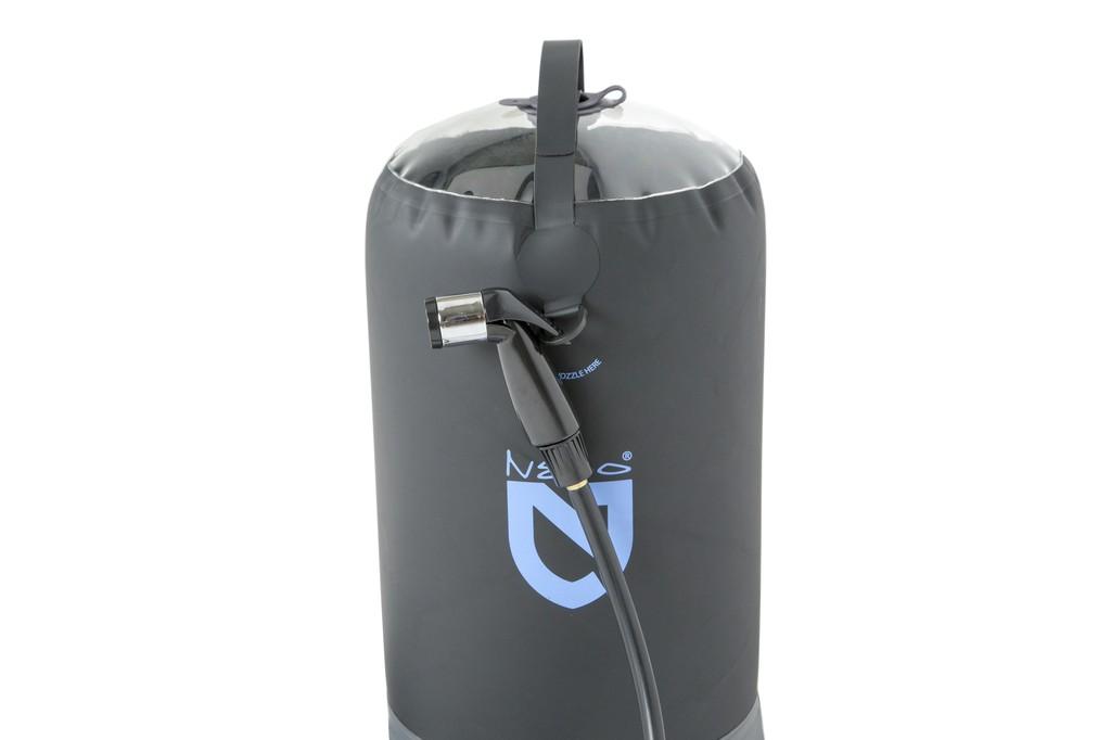 Helio pressure shower nemo equipment douche portable for Equipement douche